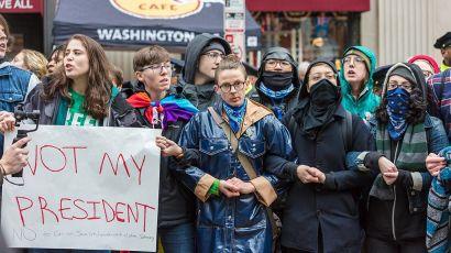 leftist-protesters